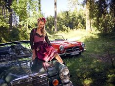 Vintage Car Girls, Mercedes Benz, Classic Cars, Model, Vintage, Posters, Dresses, Curves, Fashion