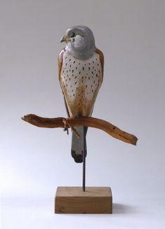 Torenvalk Contemporary Ceramics, Modern Contemporary, Bird Sculpture, Sculptures, Clay Birds, Ceramic Animals, Garden Ornaments, Ceramic Clay, Clay Projects