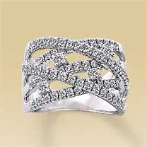 I have been asking for this ring for about 3 years now....maybe Ill get it for our 5 year wedding anniversary!