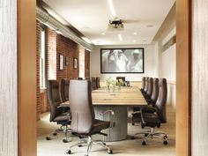 Great table and chairs. Brick is industrial, right?! ;) Stable 700x525 Osborn Barrs Saint Louis Headquarters