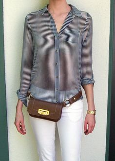 """Hipsters for Sisters """"Rawhide"""" Belt Bag. Looks great on a slim figure, matching gold accessories Hip Purse, Hip Bag, Trendy Fashion, Fashion Outfits, Womens Fashion, Fashion Trends, Plaid Outfits, Look Formal, Hipster Bag"""