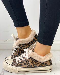 Fluffy Leopard Lace-Up Low Top Sneakers – cuteshoeswear women sneakers casual style shoes women sneakers outfit women sneakers 2019 trend Yeezy Sneakers, Casual Sneakers, Sneakers Fashion, Fashion Shoes, Style Fashion, Fall Fashion, Mode Outfits, Trendy Outfits, Baskets Yeezy