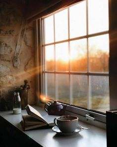 [New] The 10 Best Home Decor (with Pictures) - Just Sabr every dark night has a good morning. we are here to be tested not to be living the good live. one day we will be home till then we will be doing or best & ALLAH will do the rest Coffee Photography, Tabletop Photography, Morning Photography, Rustic Photography, Photography Aesthetic, Landscape Photography, Nature Photography, Window View, Coffee And Books