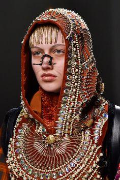 Manish Arora at Paris Fall 2015 (hood on breastplate Details) indian inspired fashion beaded hoodie burning man style Paris Fashion, Fashion Art, High Fashion, Fashion Show, Fashion Jewelry, Fashion Design, Fashion 2015, Headdress, Headpiece
