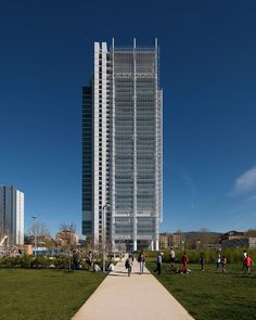 renzo piano's italian bank tower contains a public bioclimatic greenhouse