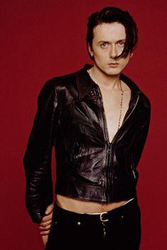 Donald Cobain, Brett Anderson, Brian Molko, Britpop, Big Love, Dark Fashion, Music Bands, Indie, How To Look Better