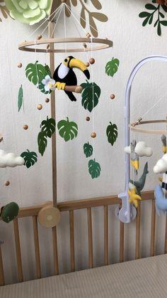 Crib Baby Mobile Play mats Stuffed Toys by JOYan - Kinderzimmer Ideen Baby Bedroom, Baby Boy Rooms, Baby Room Decor, Nursery Room, Nursery Decor, Jungle Theme Nursery, Baby Crib Diy, Baby Crib Mobile, Baby Baby