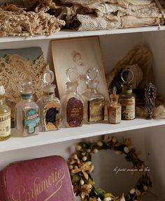 France antique shop with Le Petit Musee de le * narrative