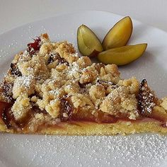 Hilde& plum cake with cinnamon crumble- Hildes Zwetschgenkuchen mit Zimtstreuseln Hildes plum cake with cinnamon crumbs from Eisibär Tart Recipes, Cheesecake Recipes, Sweet Recipes, Cooking Recipes, No Bake Chocolate Desserts, No Bake Desserts, Dessert Recipes, Chef Cake, Cinnamon Crumble