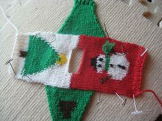 Rox Talks: Ugly Christmas Sweater with Charts -- free pattern Knit Christmas Ornaments, Diy Ugly Christmas Sweater, Christmas Jumpers, Christmas Stockings, Christmas Crafts, Ugly Sweater, Baby Knitting Patterns, Christmas Knitting Patterns, Free Knitting