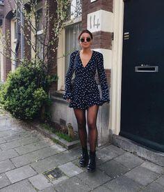 8 astuces pour vous assurer un rocker pincé dans le look - Fashion Trends Look Fashion, Korean Fashion, Trendy Fashion, Autumn Fashion, Womens Fashion, Fashion Spring, Feminine Fashion, Rocker Fashion, Classy Fashion