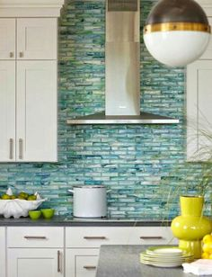 House of Turquoise: Rachel Reider Interiors Love the backsplash! Maybe in a green for my kitchen? House Of Turquoise, Turquoise Tile, Turquoise Room, Turquoise Accents, Yellow Accents, Bright Yellow, Beach House Kitchens, Home Kitchens, Coastal Kitchens
