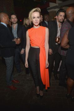 #JenaMalone at the Vanity Fair Young Hollywood Celebration in Los Angeles http://www.panempropaganda.com/movie-countdown/2014/2/25/jena-malone-at-the-vanity-fair-young-hollywood-celebration-i.html/