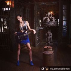 #Repost @leo.producciones ・・・ ▪ Camila ▪ Make up: @paulafuertes.makeup Vestuario: @antonietavestuario  #15años #15 #sesion #sesiondefotos  #sesionurbana #campanopolis #makeup #maquillaje #fotografia #photography #ph #backstage #gotic #nikon #nikontop #nikon #argentina
