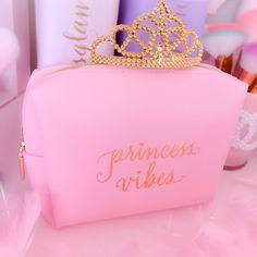 Makeup Looks For Prom amid Makeup Brushes Groupon both Makeup Organizer Gift Box. - Prom Makeup For Brown Eyes Prom Makeup For Brown Eyes, Prom Makeup Looks, Glam Makeup, Makeup Geek, Pink Love, Pretty In Pink, Makeup Expiration, Princess Makeup, Pink Princess