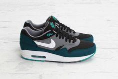 575 En 2019 Images Nike Tableau Meilleures Du Max Air pRqxrp