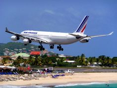 Watch airplanes land right overhead at Sonesta Maho Beach and Resort Casino. @sonestamaho
