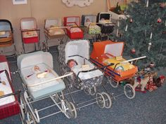 DDR - Museum Ddr Museum, Vintage Pram, Prams And Pushchairs, Dolls Prams, Baby Prams, Retro, Old And New, Kids And Parenting, Baby Strollers