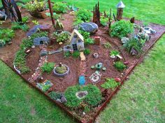Charmant Large Fairy Garden
