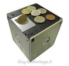 Riciclo Creativo, il Floppydanaio, salvadanaio con Floppy Disk