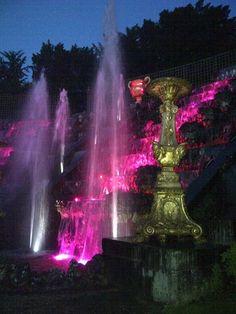 Château de Versailles, Les Grandes Eaux Nocturnes, les fontaines de la Salle du Bal.