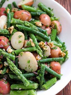 Potato Salad with Green Beans and Asparagus. A new potato salad tossed with green beans, asparagus, walnuts and a bold dijon vinaigrette. Vegan Dinner Recipes, Vegan Recipes Easy, Whole Food Recipes, Diet Recipes, Vegetarian Recipes, Cooking Recipes, Plant Based Whole Foods, Plant Based Eating, Plant Based Diet
