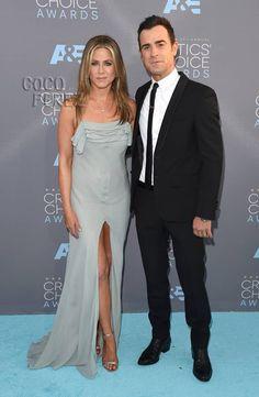 Critics' Choice Awards 2016: Justin Theroux and Jennifer Aniston walk the red carpet.