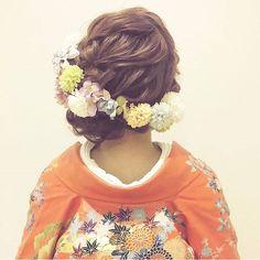 名古屋のセットサロン《Vanilla Emu (バニラエミュ)》さんをご存知ですか?* インスタグラムに紹介されている髪型はどれも素敵で、中でも、白無垢や色打掛けに合わせたい 「和装 × 洋髪」 がとってもおしゃれなのです☆ 今回は、《バニラエミュ》さんとっておきの和装ヘアをご紹介します♡