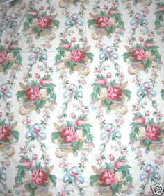 Like old wallpaper I've seen in great aunt's houses