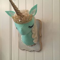 Misfit Menagerie custom unicorn faux taxidermy - etsy   Beautiful Cases For Girls