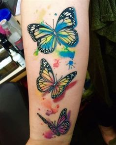 Monarch Butterfly Tattoo Designs with Meaning Monarch Butterfly Tattoo, Butterfly Tattoos On Arm, Butterfly Tattoo Meaning, Butterfly Tattoo On Shoulder, Butterfly Tattoo Designs, Cover Up Tattoos, Small Tattoos, Tribal Sleeve Tattoos, Life Tattoos