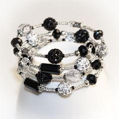 Black & White memory bracelet with shamballa by CrazySmykker, kr120.00
