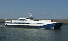 In de machinekamer van veerboot 'Noord-Nederland' is zaterdag brand uitgebroken Op dat moment voer de boot op de Waddenzee  http://koopvaardij.blogspot.nl/2016/08/brand-op-veerboot-waddenzee.html