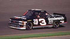 "mike skinner truck 3 goodwrench | Mike Skinner and the team won the first ever ""official"" NASCAR truck ..."