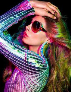 mode-annees-70-couleur-cheveux-neon-oreillers