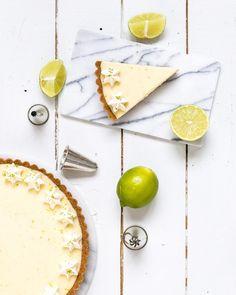 Maailman paras limepiirakka Lime Pie Food & Style Emma Iivanainen, Painte By Cakes Photo Emma Iivanainen www.maku.fi