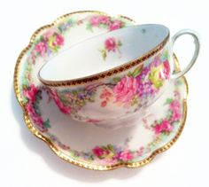Vintage, floral, and jewels by Chelsea on Etsy Vintage China, Vintage Teacups, Vintage Floral, Vintage Rosen, Tea Biscuits, Teapots And Cups, Tea Service, My Cup Of Tea, Tea Cup Saucer