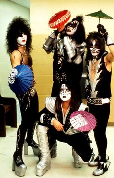 KISS.... a innovative band that rocked the BUSINESS in Show Business!