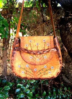 LAmourDuVintageFlower Power1960s brown leather by LamourDuVintage, $57.00