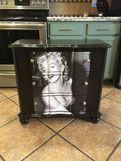 Marilyn Monroe Jewelry Box On Facebook at WeRedo4U WeReDo4U