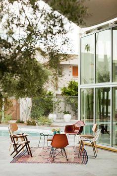Mid century lounge - pool side