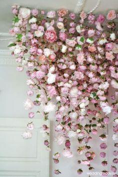 Оформление свадьбы живыми и искусственными цветам | Weddingtoday.ru