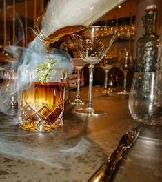 Pitztal - Firn, Wein & Genuss in Tirol White Wine, Alcoholic Drinks, Champagne, Tableware, Gourmet, Good To Know, Dinnerware, Tablewares, White Wines