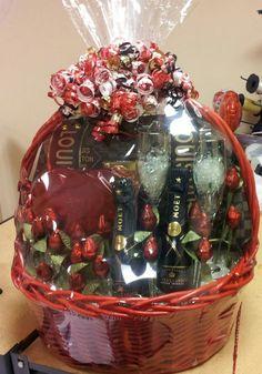 Dena's valentine Valentines Day Baskets, Mothers Day Baskets, Diy Mothers Day Gifts, Valentines Day Decorations, Valentine Crafts, Diy Gifts, Diy Mother's Day Gift Basket, Wedding Gift Baskets, Themed Gift Baskets