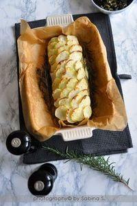 MENU DI CAPODANNO. RICETTA VEGETARIANA. Due bionde in cucina: Polpettone di lenticchie in crosta di patate