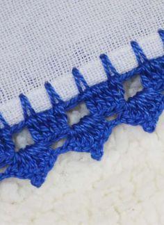Crochet Edging Tutorial, Crochet Borders, Crochet Videos, Blanket, Knitted Booties, Crochet Edgings, Embroidery Ideas, Learn To Crochet, Tutorial Crochet