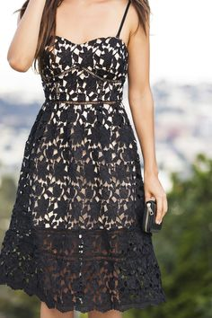 Chloe Black Lace Midi Dress – Morning Lavender