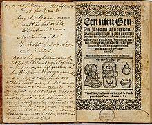 In de 16e eeuw voerde het calvinistische noorden de Tachtigjarige Oorlog tegen het katholieke Spanje. De opstandige edelen in de Nederlanden en hun medestanders noemden zich geuzen (zie daar). In de volkscultuur ontstonden liederen die de historische ontwikkelingen schetsten. Tevens hadden ze een troostende of klagende inhoud, verheerlijkten de heldendaden der geuzen, hadden soms een meer geestelijke inspiratie, of dienden om de tegenpartij te beschimpen of bespotten.