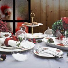 Για τα Χριστούγεννα, αλλά και για δώρο, σας προτείνουμε ένα σετ για γλυκά και ορεκτικά από φίνα ευρωπαϊκή πορσελάνη με σχέδιο Αλεξανδρινό . Το σετ αποτελείται από : 6 πιάτα φρούτου, 6 πιάτα γλυκού, 1 πιάτο σερβρίρισματος , 1 διόροφη ορντερβιέρα, μία πορσελάνινη σπάτουλα και 6 πιρουνάκια inox 18/10 του γερμανικού οίκου Picard & Wielputz. Για το τραπέζι σας ή για δώρο. Table Settings, Table Decorations, Furniture, Home Decor, Decoration Home, Room Decor, Table Top Decorations, Home Furniture, Interior Design
