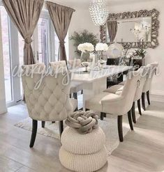 Dining Room Table Decor, Living Room Decor Cozy, Elegant Dining Room, Luxury Dining Room, Dining Room Sets, Decor Room, Dining Room Design, Dining Room Furniture, Home Decor